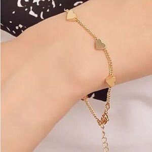 Jewelry - Golden heart shape bracelet for women